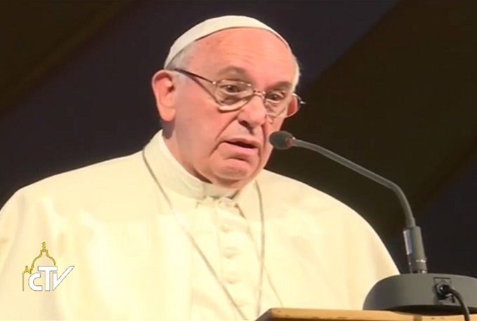 Pope_Francis_speaks_to_priests_religious_and_seminarians_at_St_Marys_school_in_Nairobi_Nov_26_2015_Credit_Screentshot_CTV