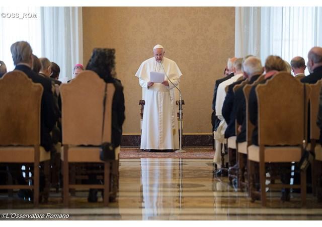 pope-francis-laudato-si-filcatholic