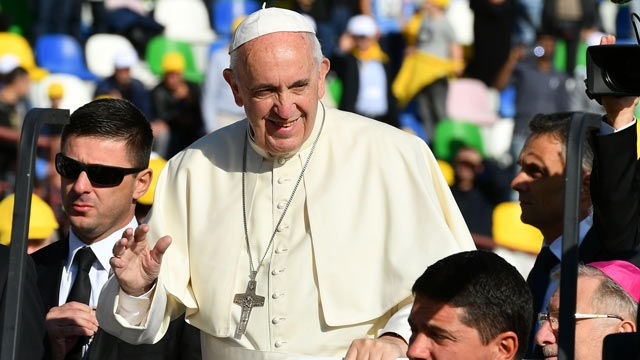 pope-francis-georgia-filcatholic