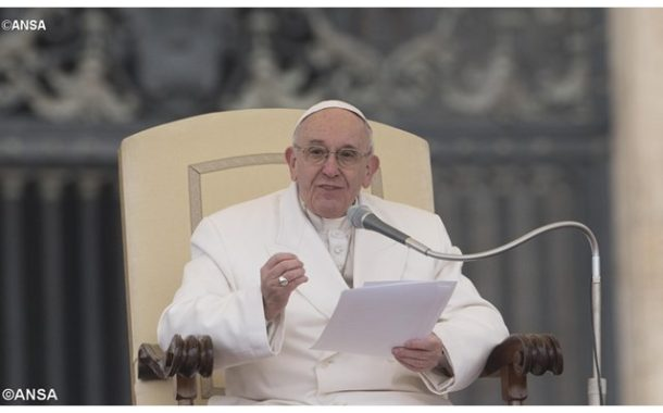 Pope Audience: 'Hope helps to see beyond negativity of present'