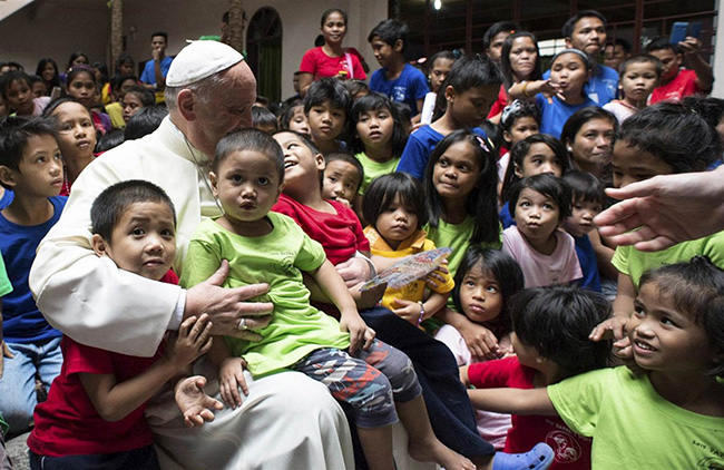 pope_visit-filcatholic-children