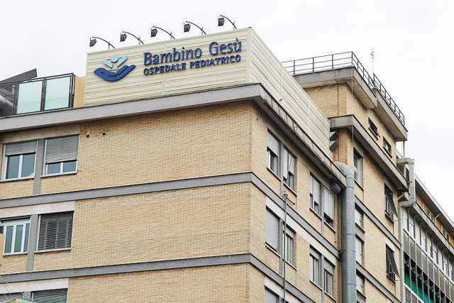 Bambino_Gesu_Hospital_in_Rome_on_Sept_23_2014_Credit_Bohumil_Petrik_2_CNA