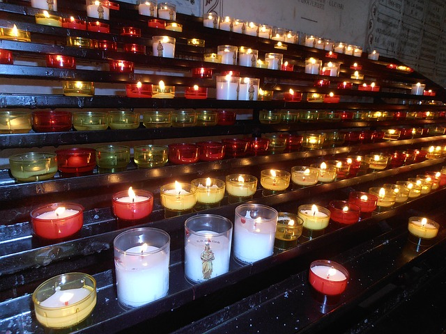candles-filcatholic-superstition
