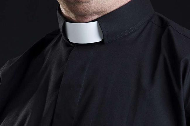Priest_collar_Credit_Lisa_F_Young_via_wwwshutterstockcom_CNA