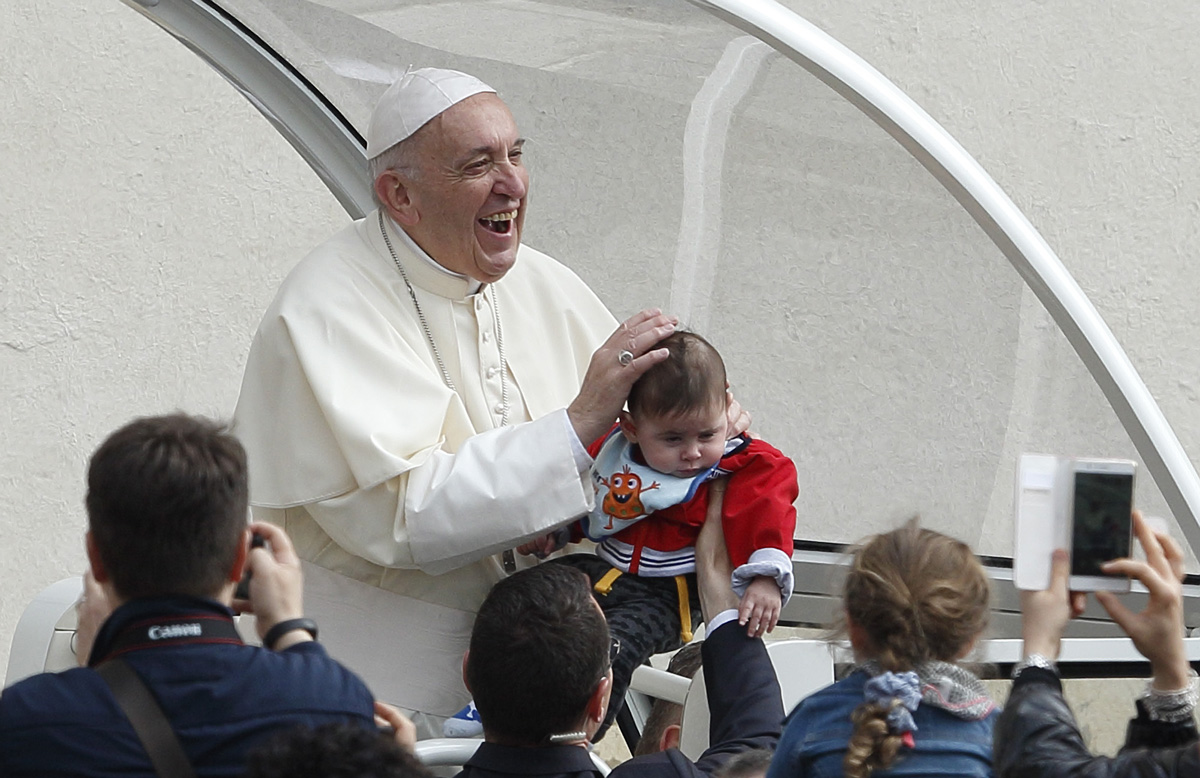 Name given at baptism gives sense of identity, belonging, pope says