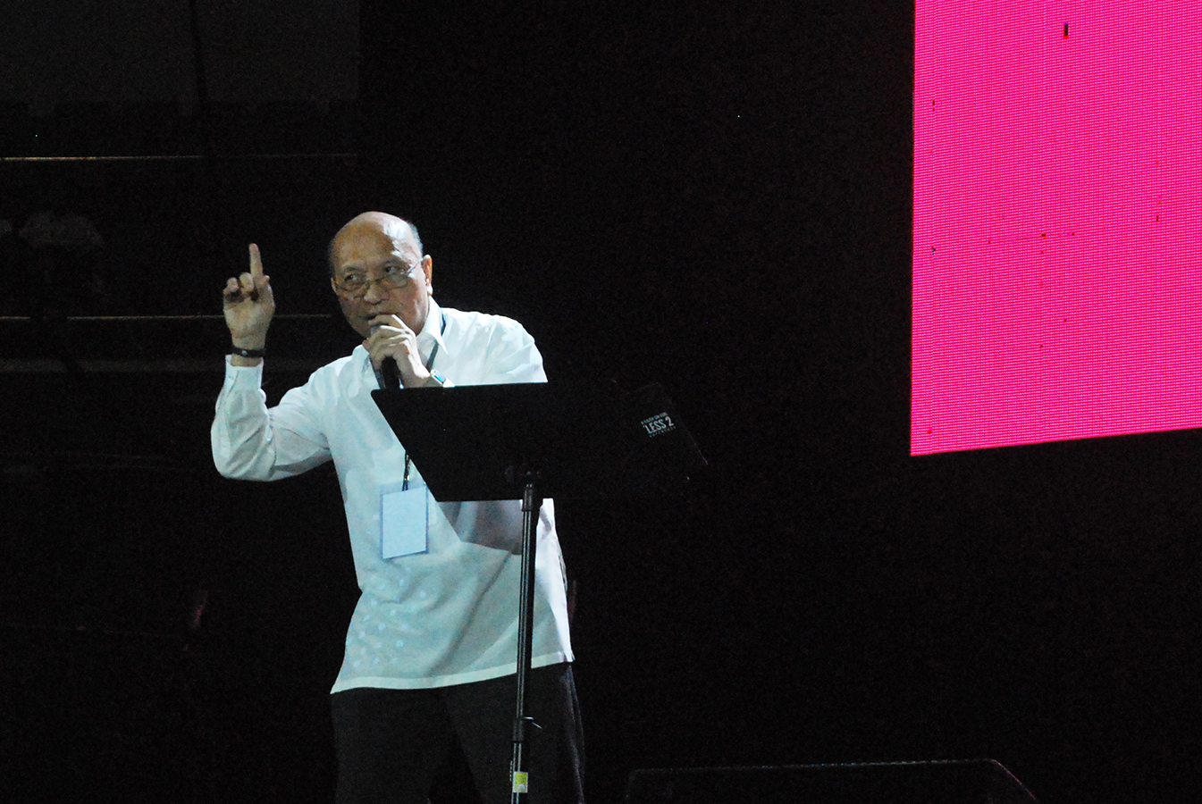 Bishop Honesto Ongtioco of Cubao speaks during this year's Singles & Youth Faith on Fire at the Araneta Coliseum on June 30. JOSELLE DELA CRUZ