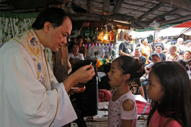 Philippine prelate refuses to be cowed by threats