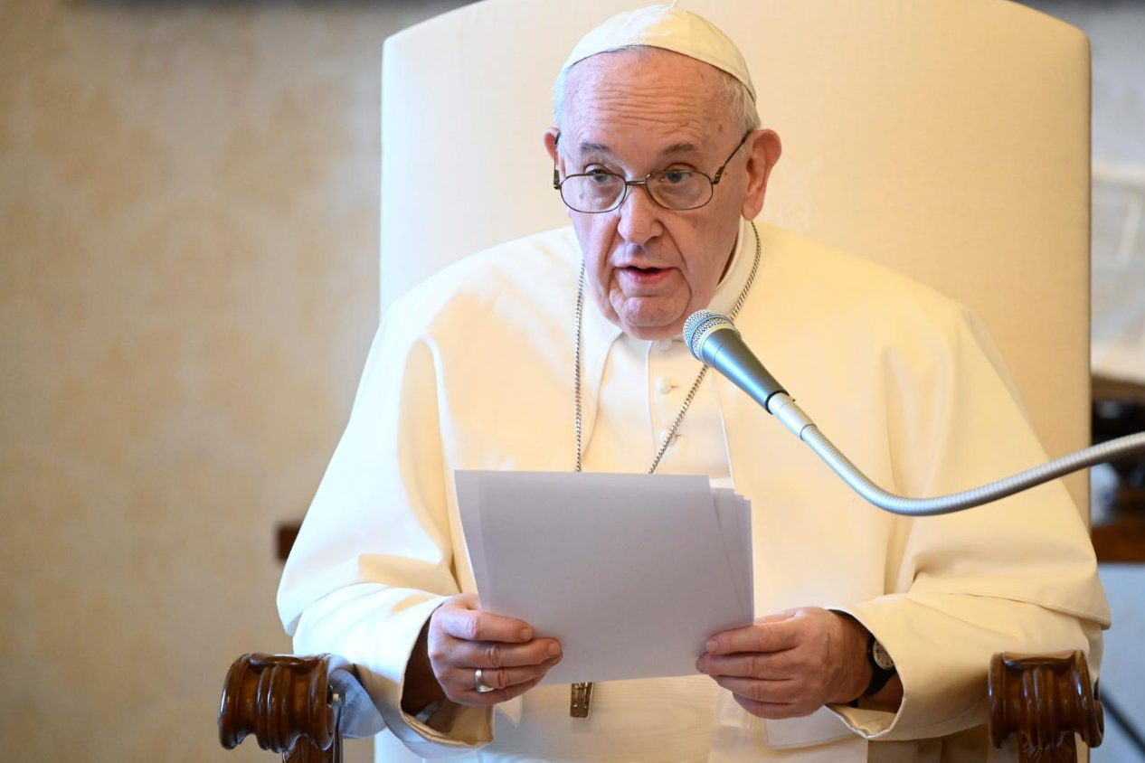 Pope Francis: Catholics cannot ignore the poverty caused by the pandemic