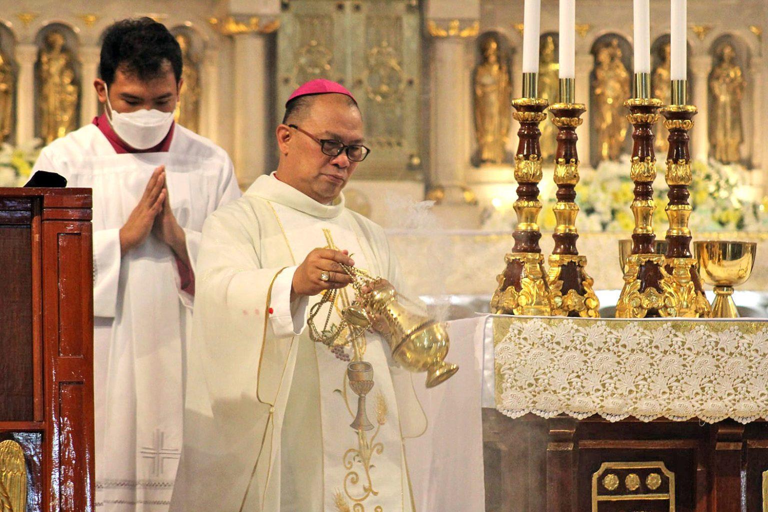 Bishop warns against 'sedevacantist' group