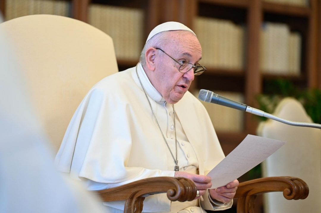 Pope Francis institutes new ministry of catechist